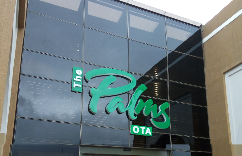 Persianas' Palms Ota Mall